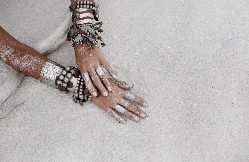 La importancia de exfoliar las manos en 4 claves