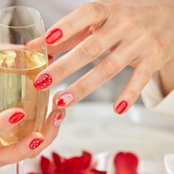 5 ideas de manicura permanente para San Valentín