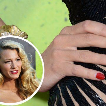 Las celebrities apuestan por las uñas en color rojo