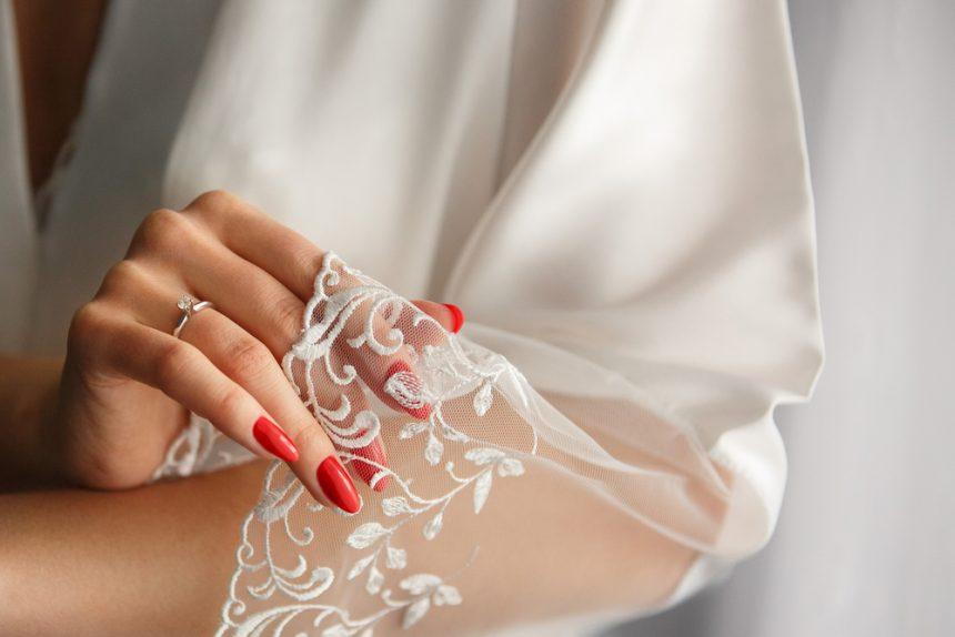 Las mejores manicuras para novias de la temporada
