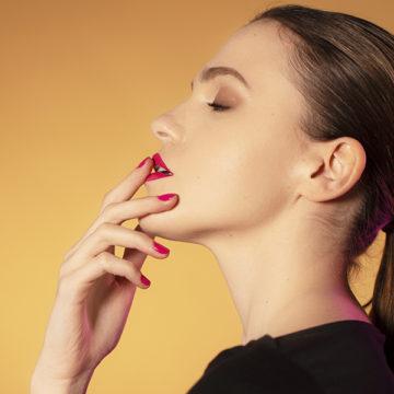 Color Me Lips: el color de tu manicura, ahora en tus labios